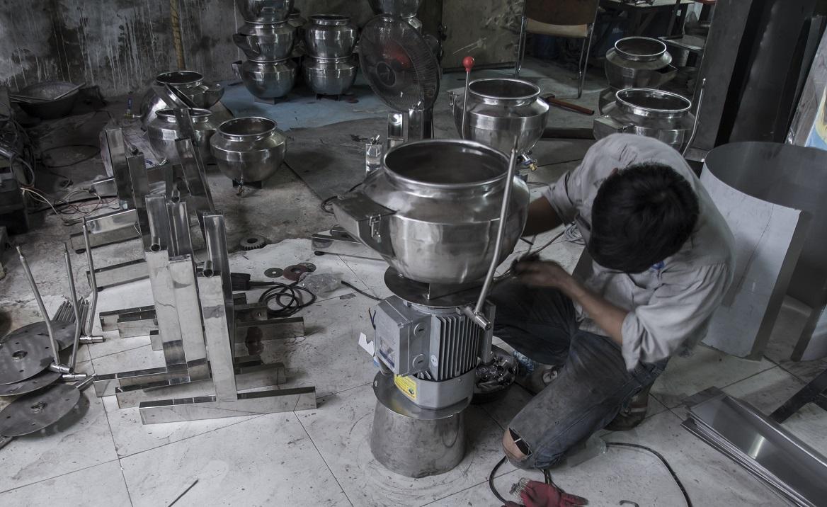Xưởng sản xuất máy xay giò chả mini