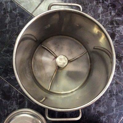 Sử  dụng máy móc để làm chà bông