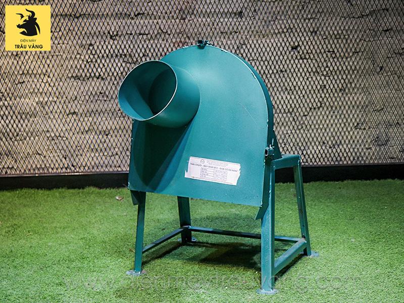 máy băm cỏ mini